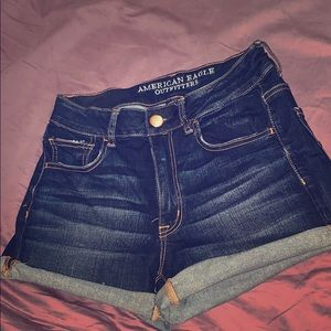 Like New American Eagle shorts!